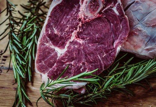 свежий кусок мяса